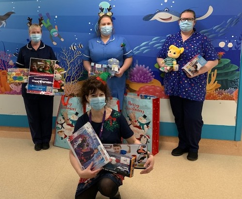 Nurses receive presents from WISHH Charity